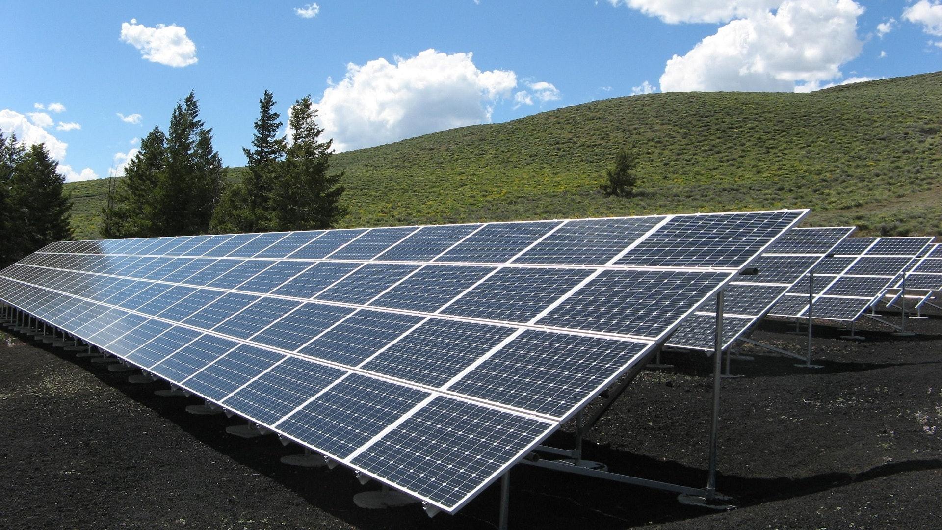 Confira 5 tipos de energias renováveis e saiba suas vantagens e desvantagens